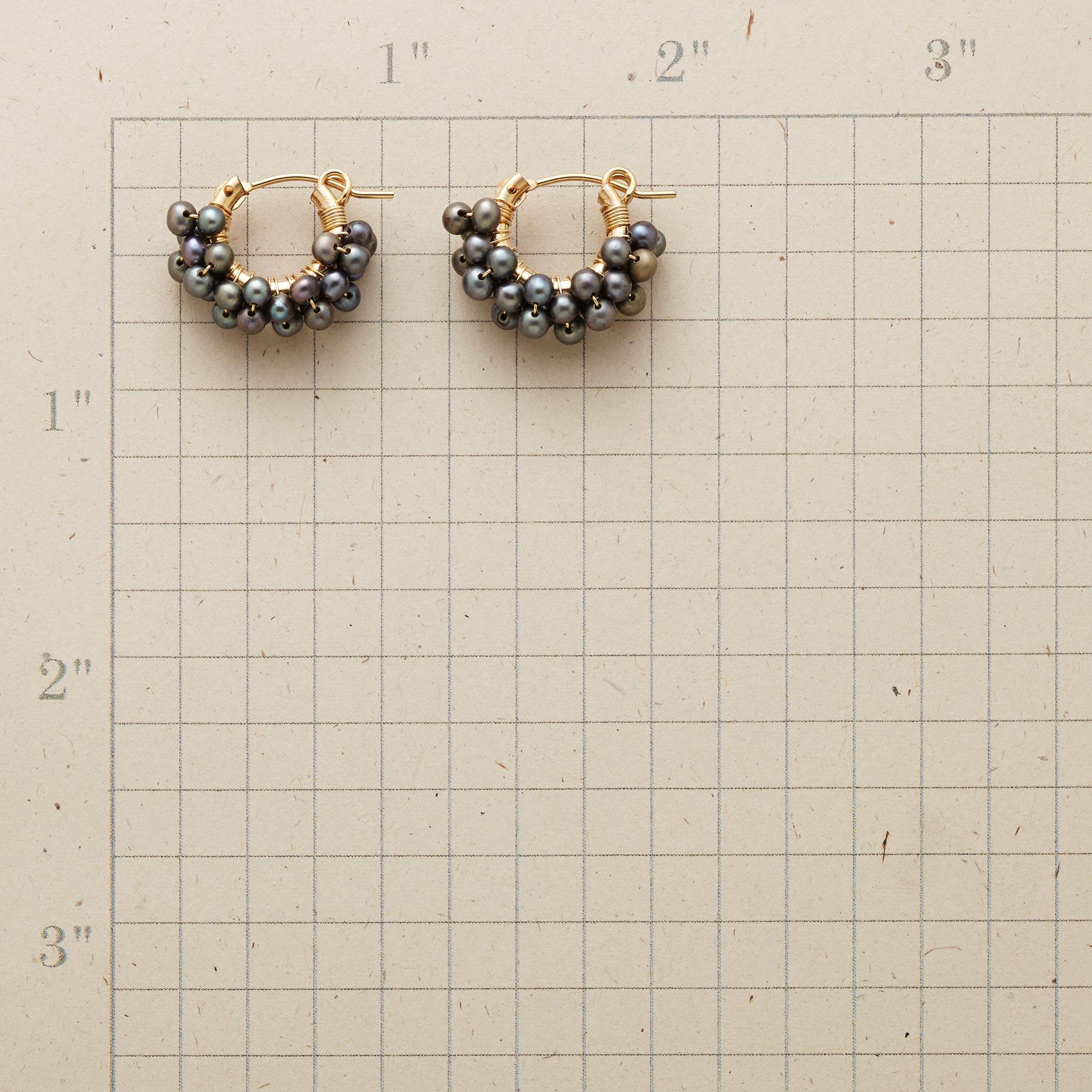 PEARL PIGGYBACK HOOPS: View 2