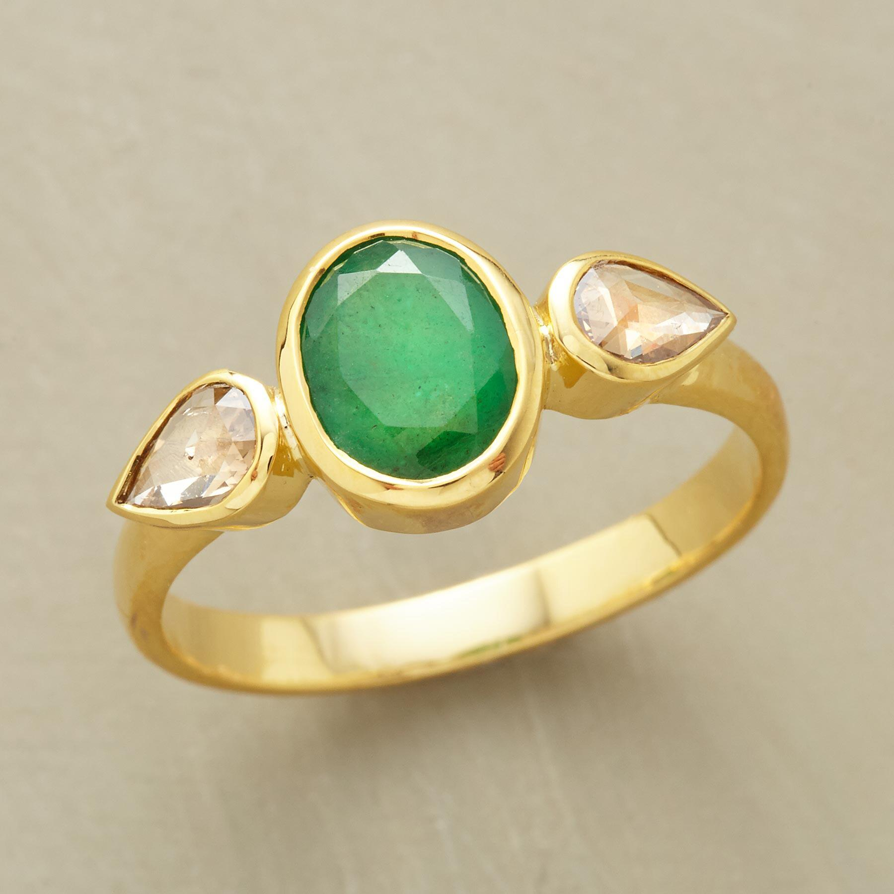 TEARDROPS EMERALD RING: View 1