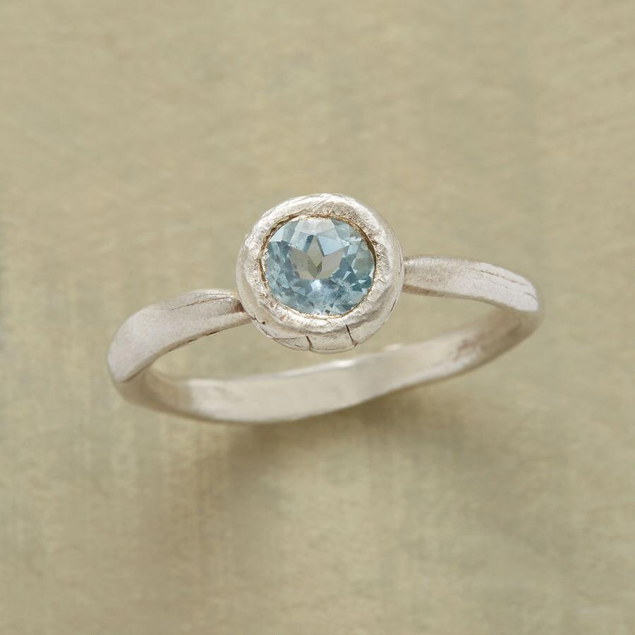 BRLLIANT BLUE RING