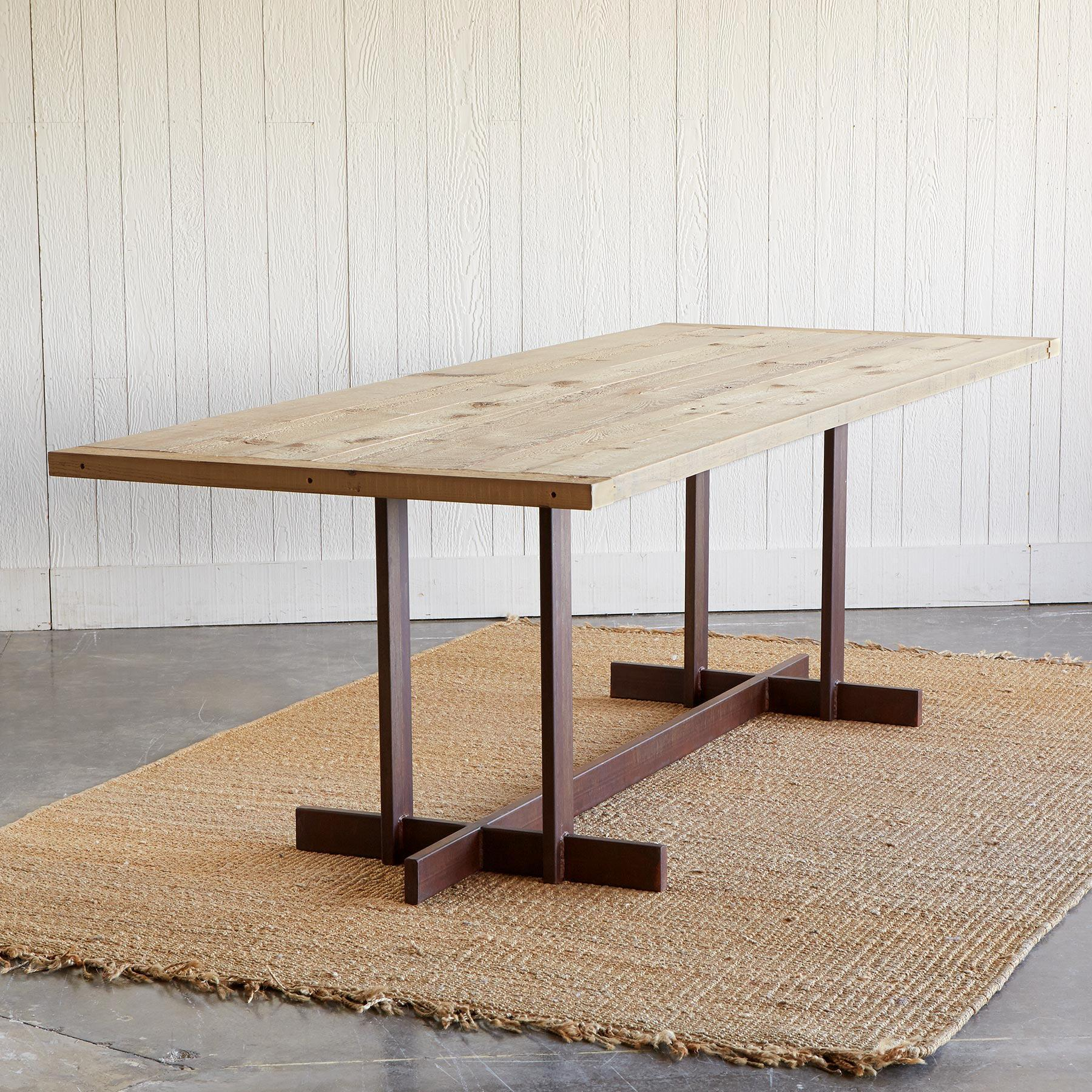 GREAT PLAINS TRESTLE DINING TABLE: View 2