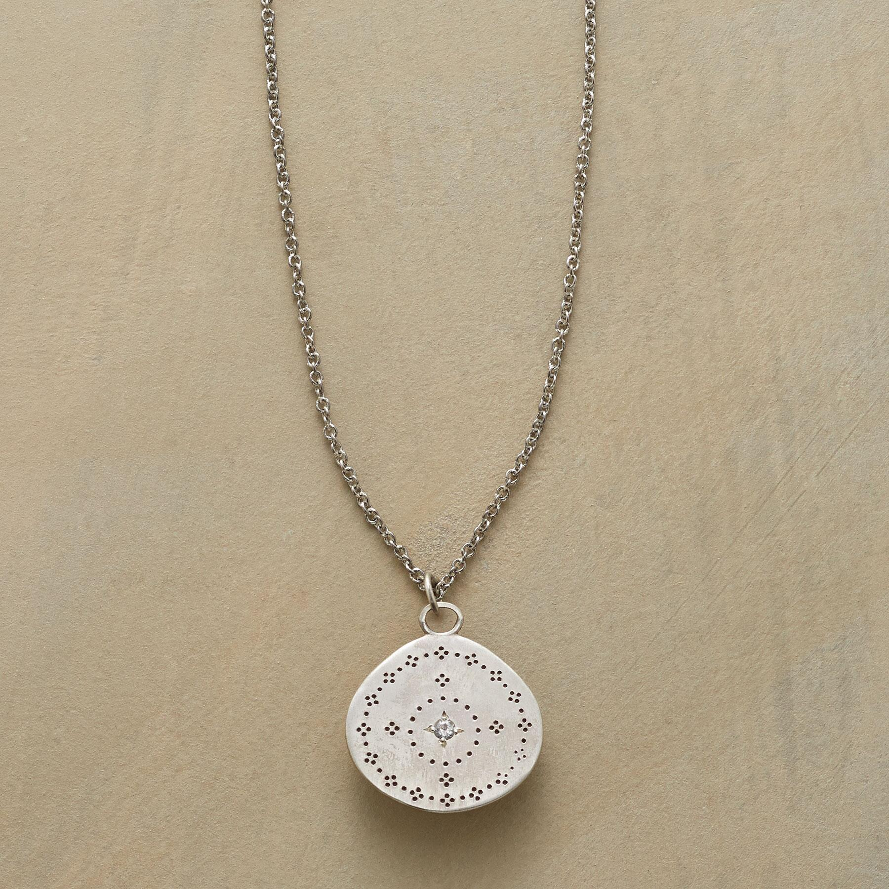 MARWA NECKLACE: View 1