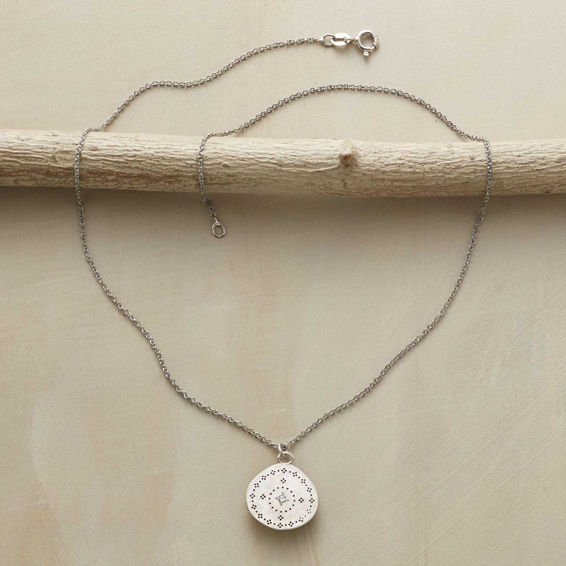 MARWA NECKLACE: View 2
