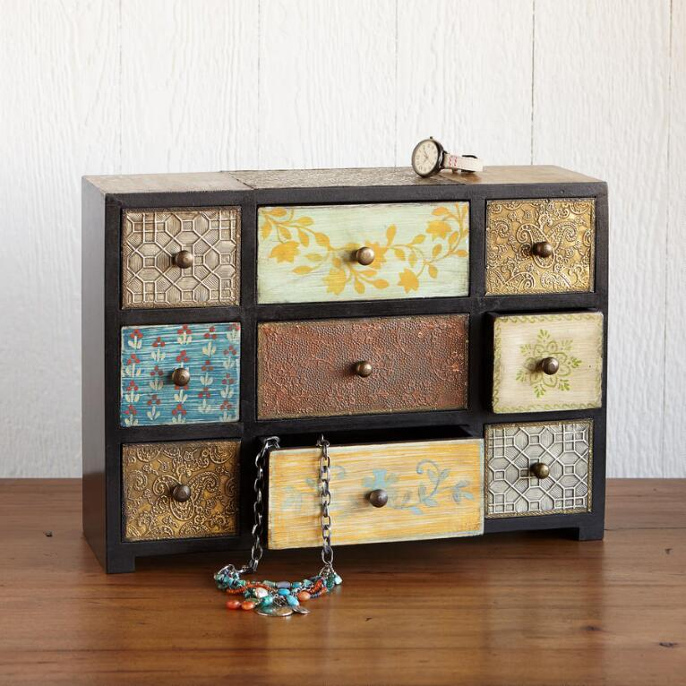 LITTLE TREASURES NINE-DRAWER BOX