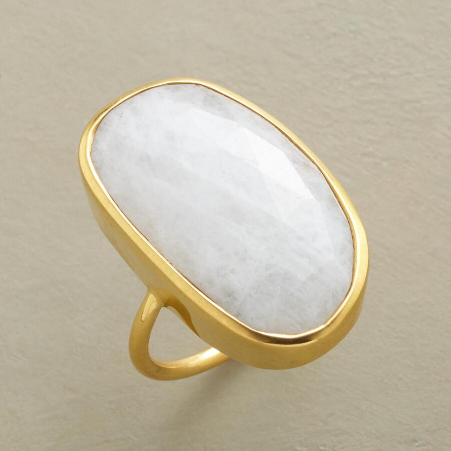 BELLA LUNA RING