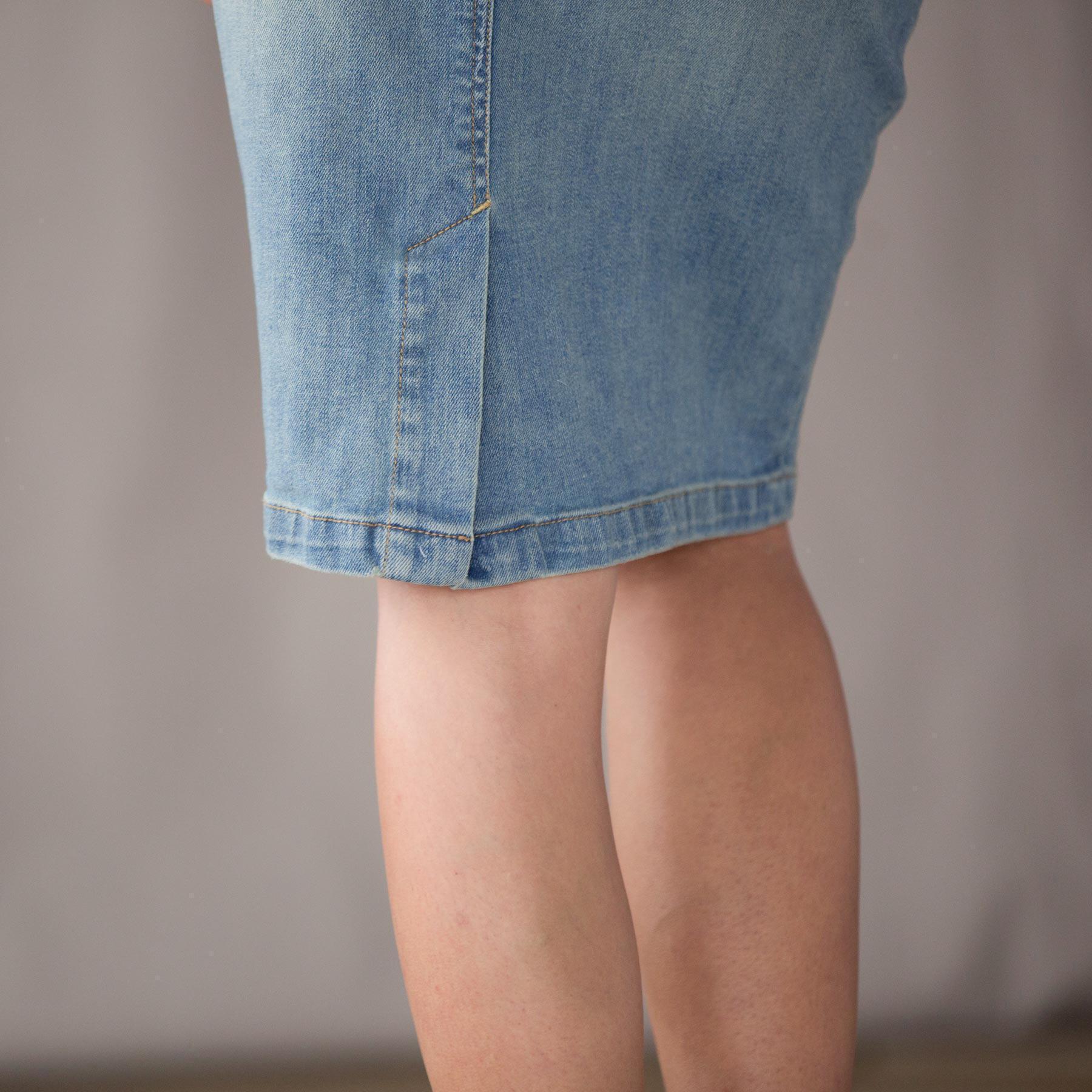 Daily Rounds Denim Skirt: View 4