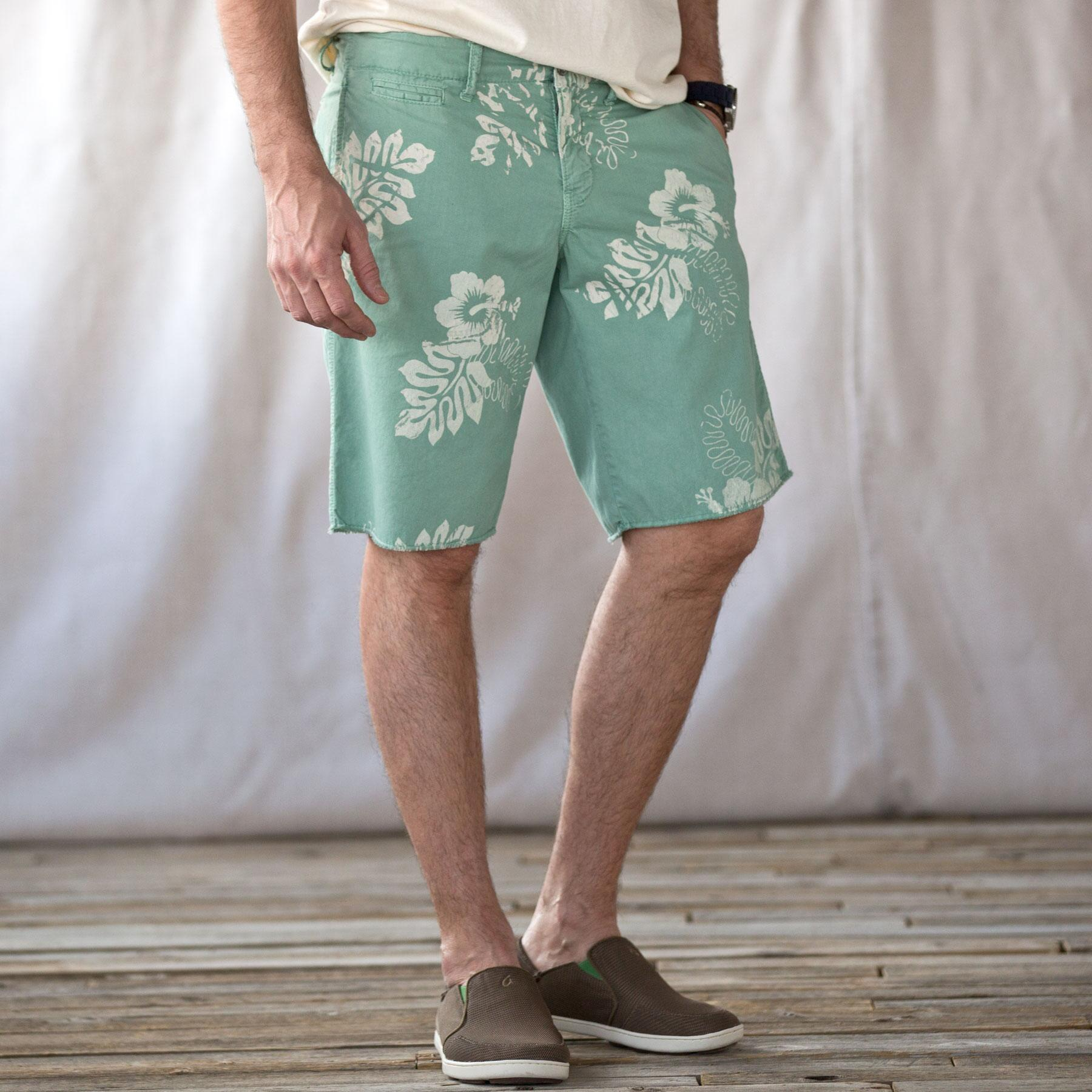 ST. BARTS HIBISCUS PINWALE SHORTS: View 1