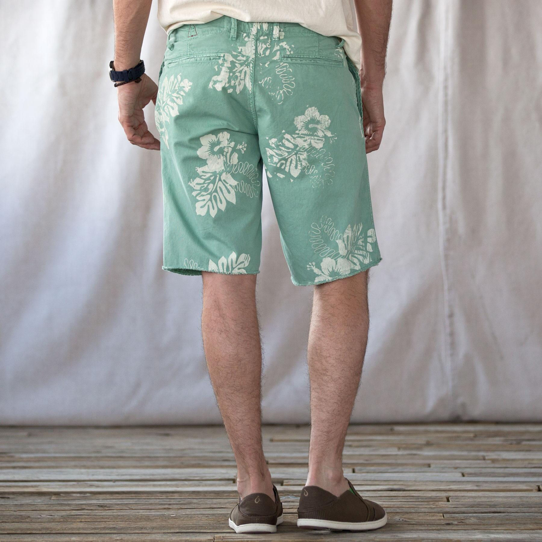 ST. BARTS HIBISCUS PINWALE SHORTS: View 2