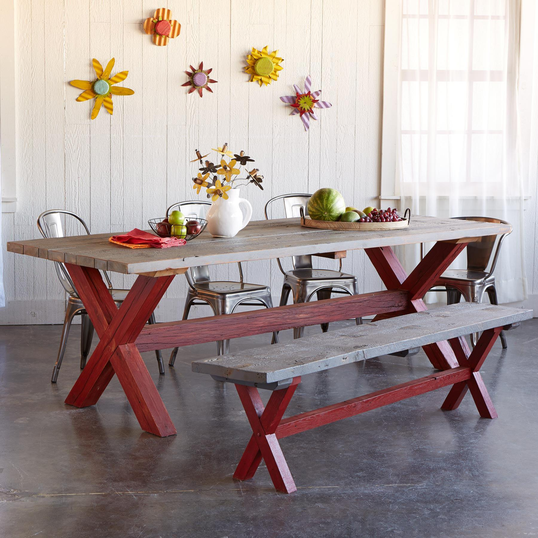 GUERNSEY FARMS OUTDOOR DINING TABLE: View 4