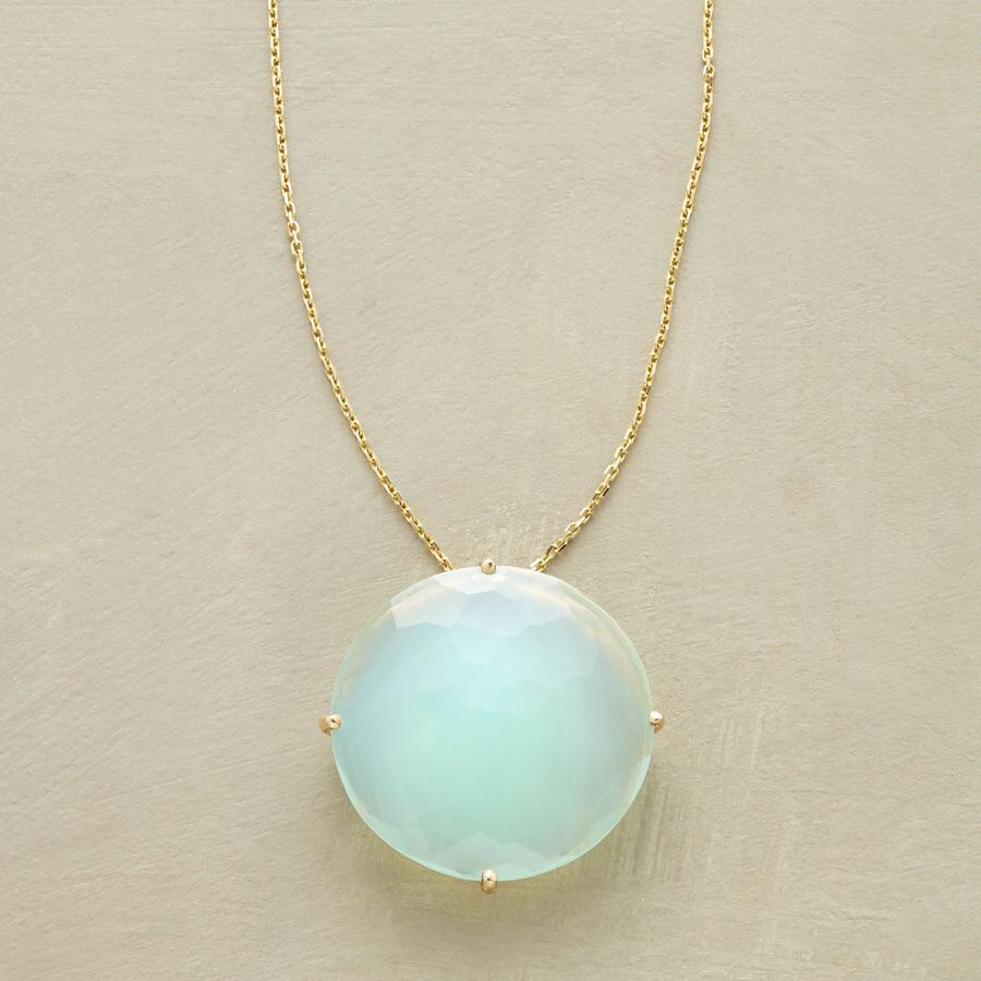 FLOATING CHALCEDONY NECKLACE