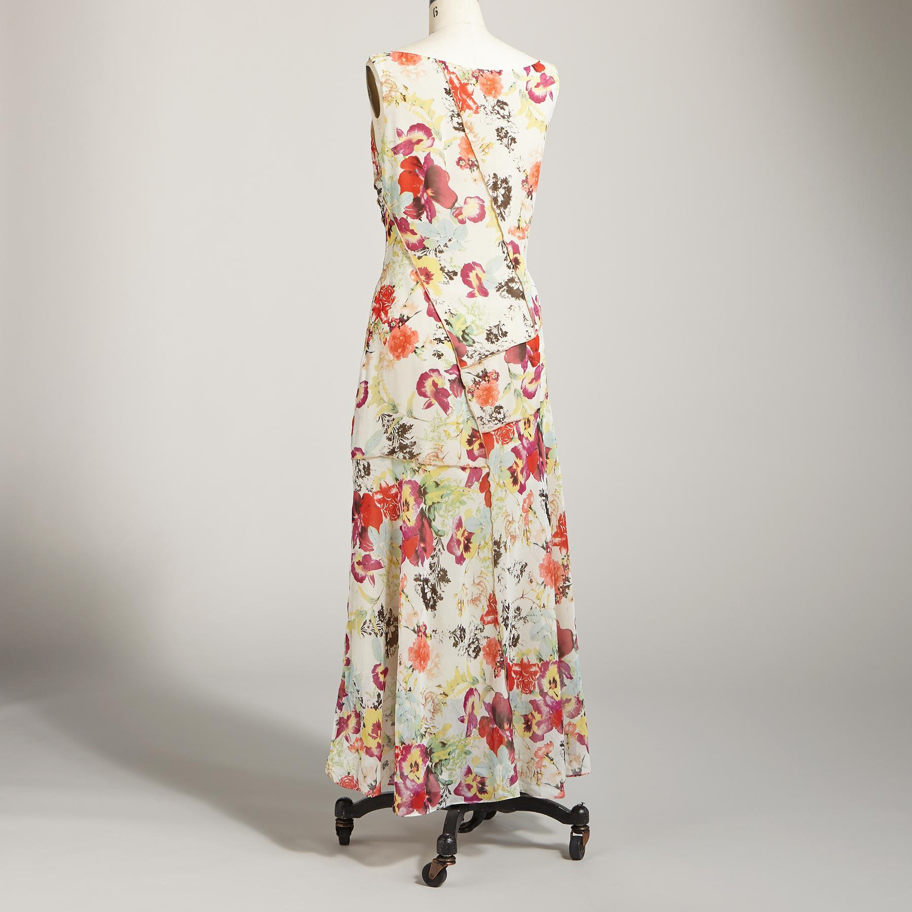 SWEEP OF ROSES DRESS: View 2