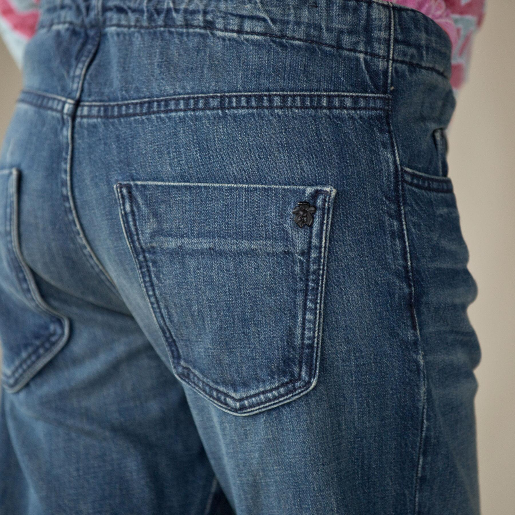Easy Roller Cropped Jeans: View 3