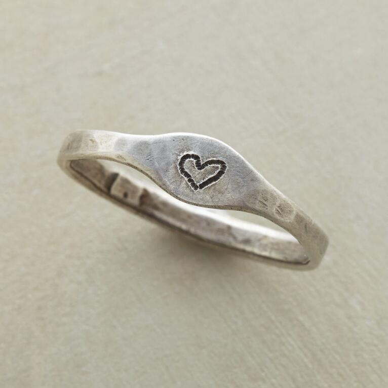 COEUR D'AMOUR RING