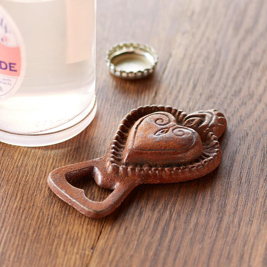 RUSTIC HEART BOTTLE OPENER
