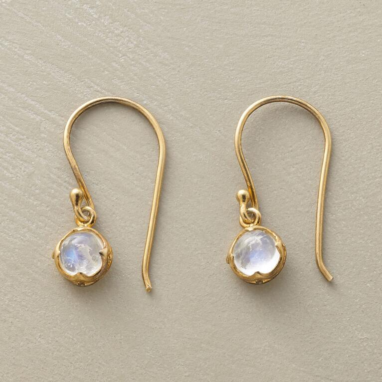BACKLIT MOONSTONE EARRINGS