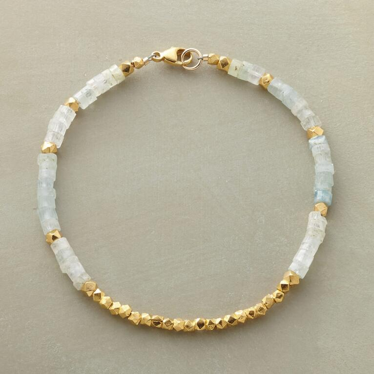 LIGHT-FILLED BRACELET
