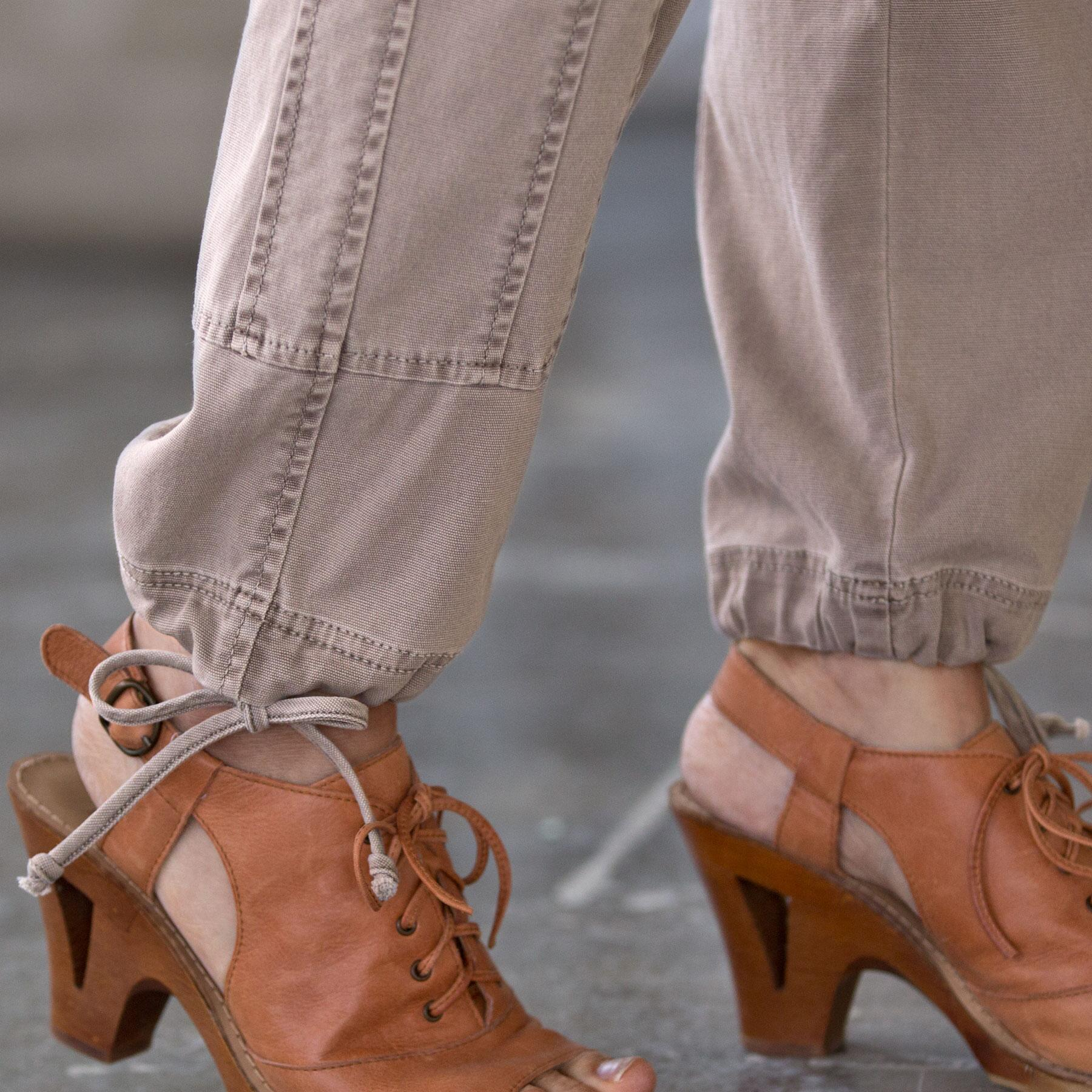 TIMELESS CARGO PANTS: View 6