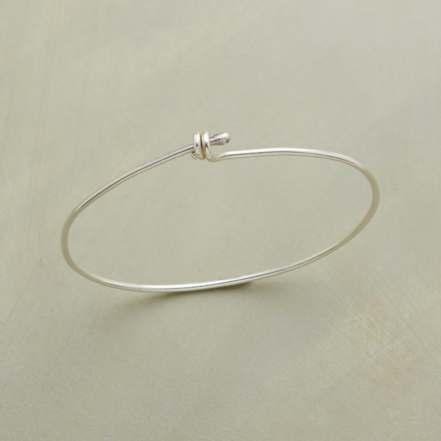 ENWRAP STERLING BANGLE