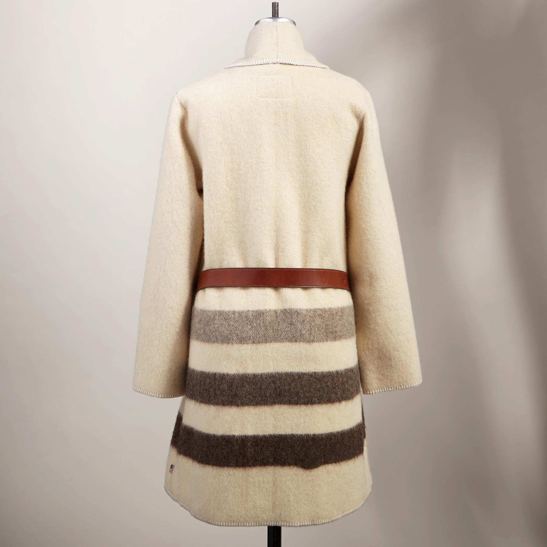 SUFFOLK BLANKET COAT: View 2
