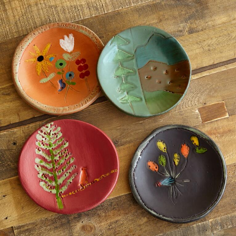SUNDANCE CERAMICS MOUNTAIN PLATES, SET OF 4