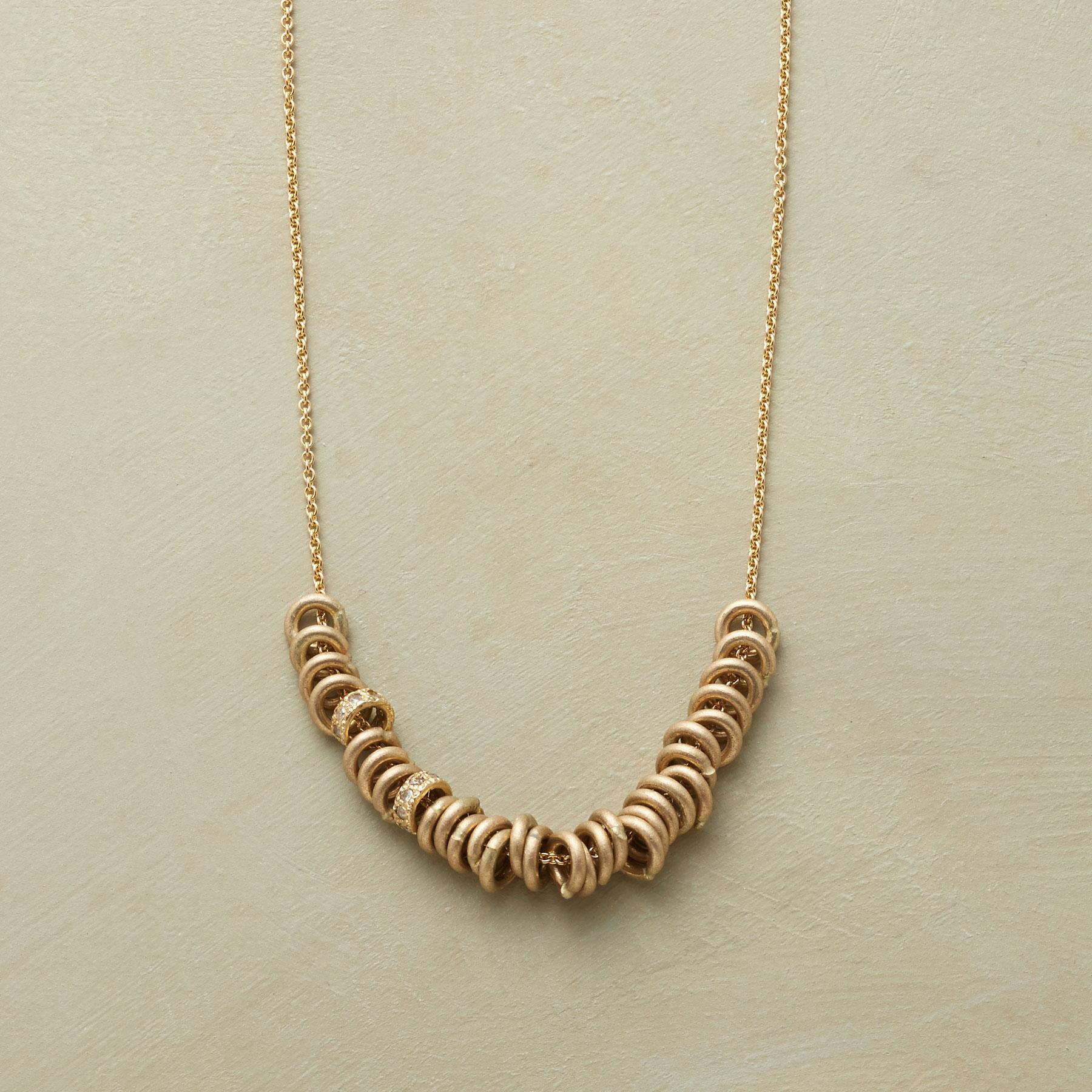 SECOND LOOK NECKLACE: View 1