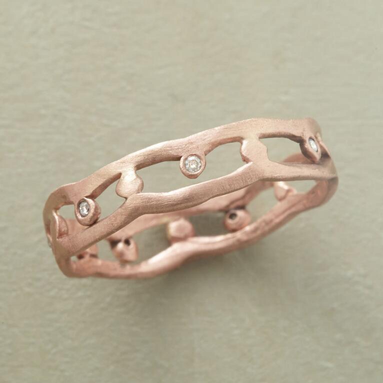 DIAMOND LATTICE RING