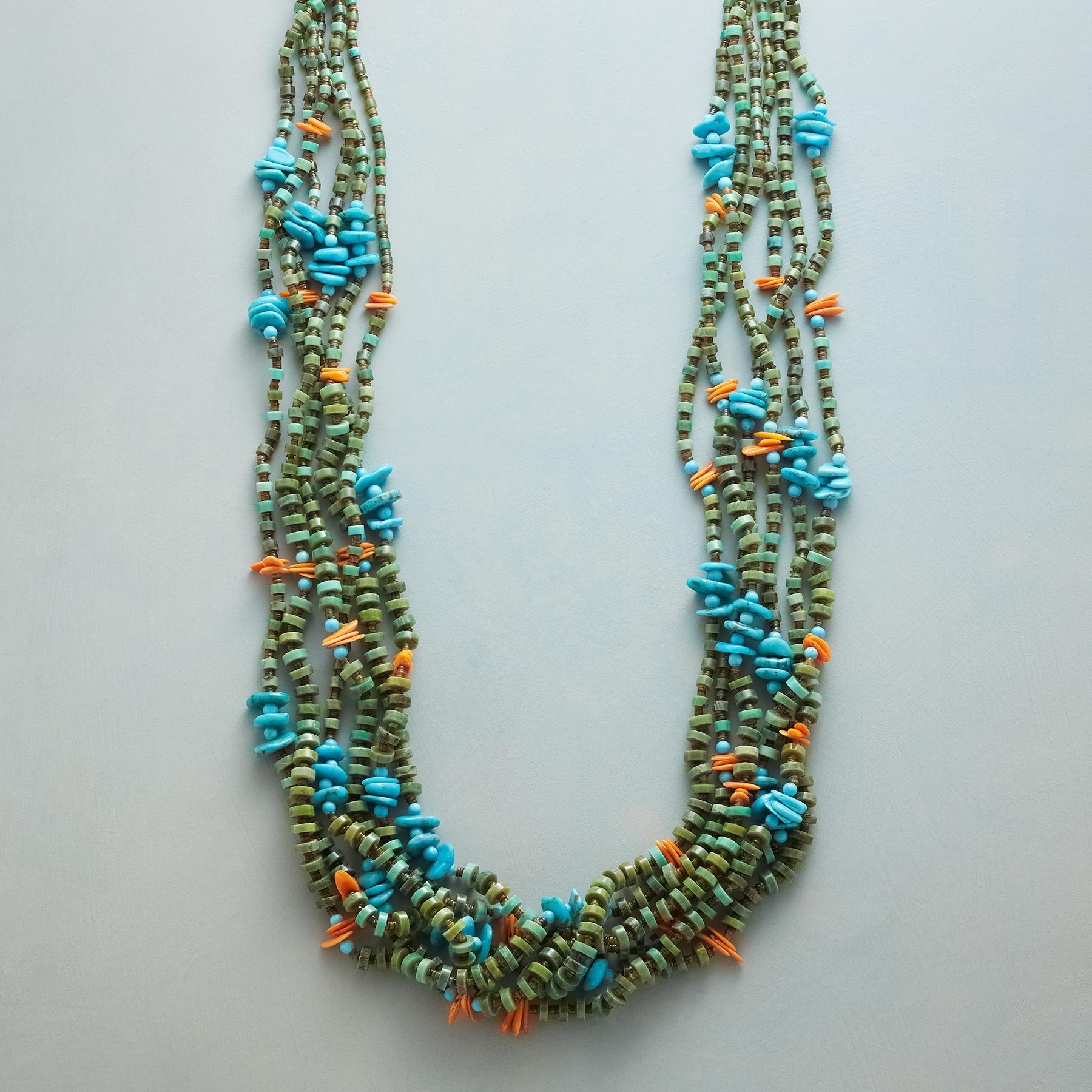 TURQUOISE SANTO DOMINGO PUEBLO NECKLACE: View 1