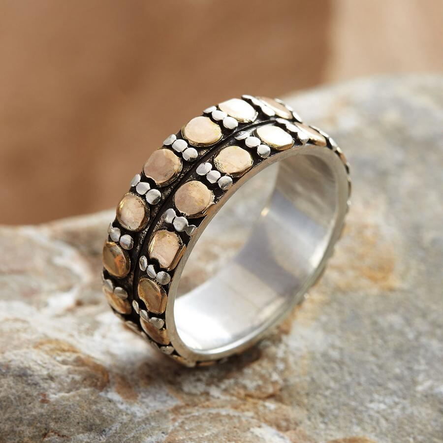 DASHES & DOTS RING