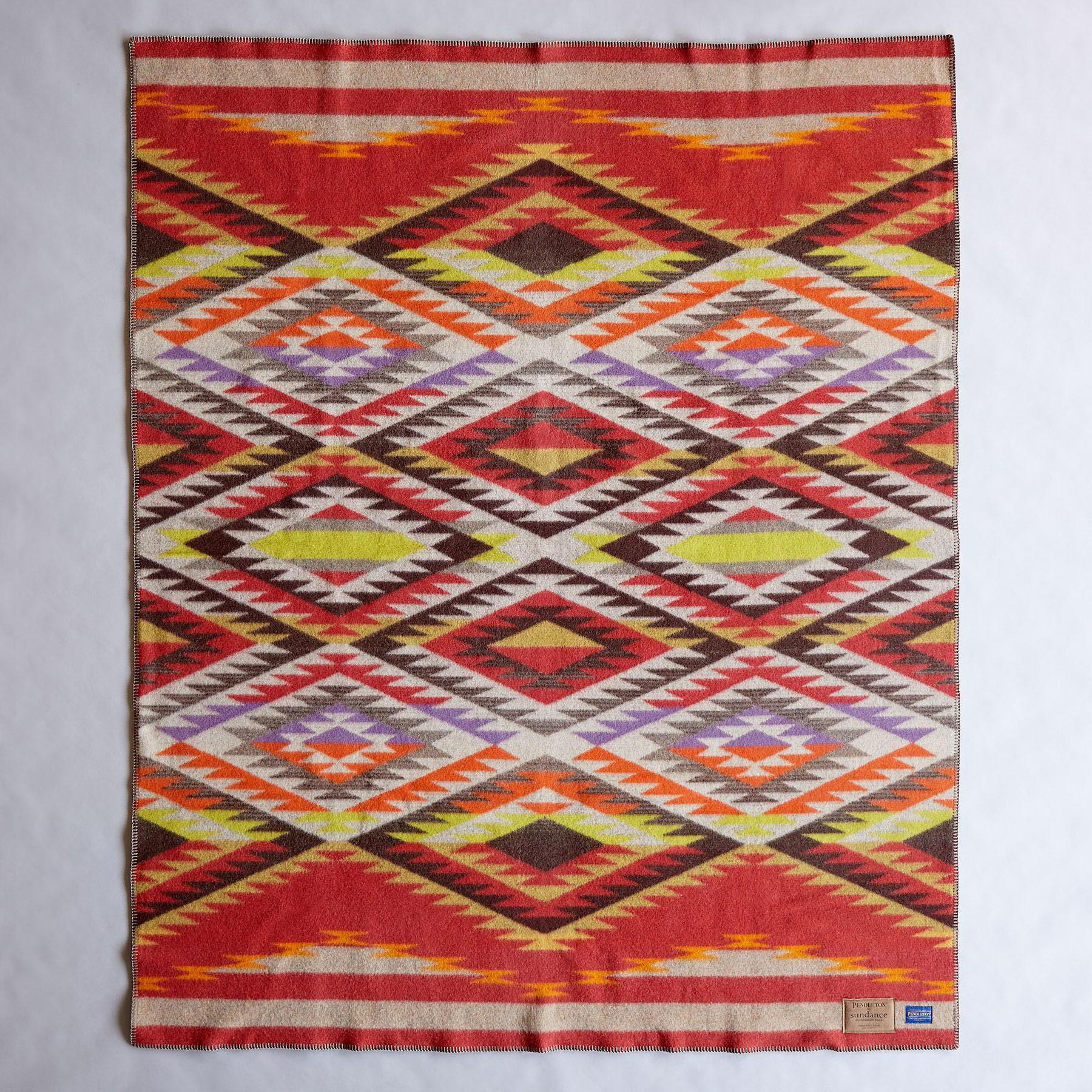PENDLETON CREEKSIDE THROW: View 3