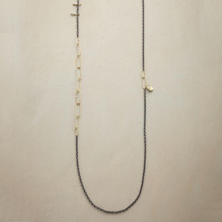 PINNED PEARL NECKLACE