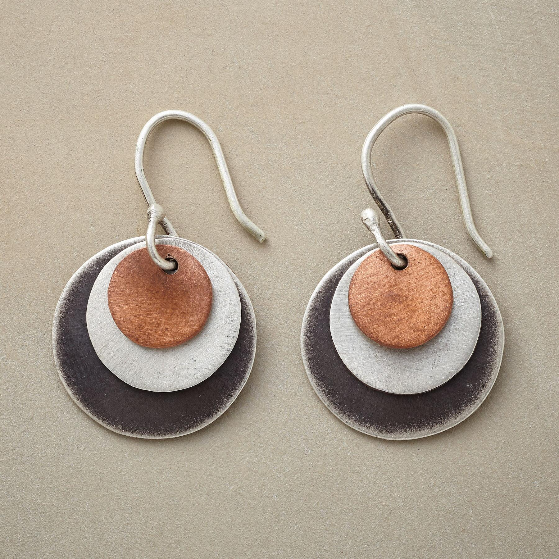 CONCENTRIC EARRINGS: View 1
