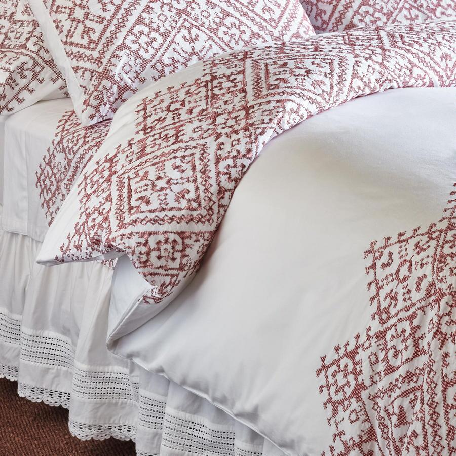 ELEANORA CROSS-STITCH DUVET