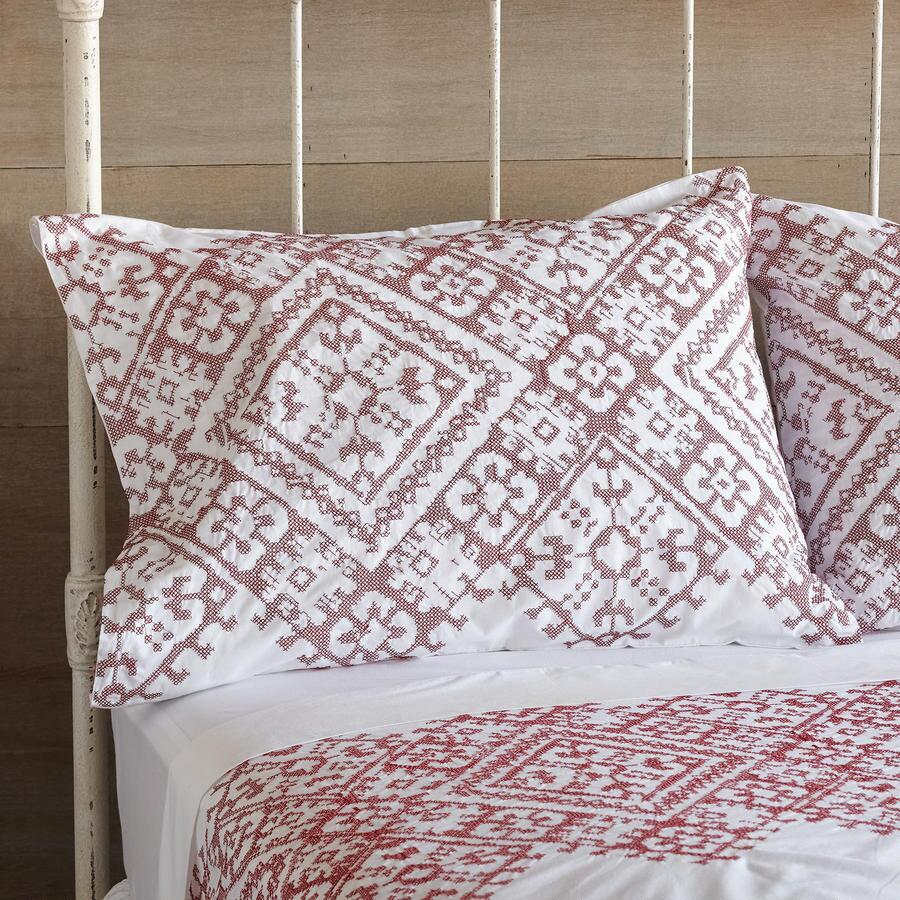 ELEANORA CROSS-STITCH PILLOWCASES