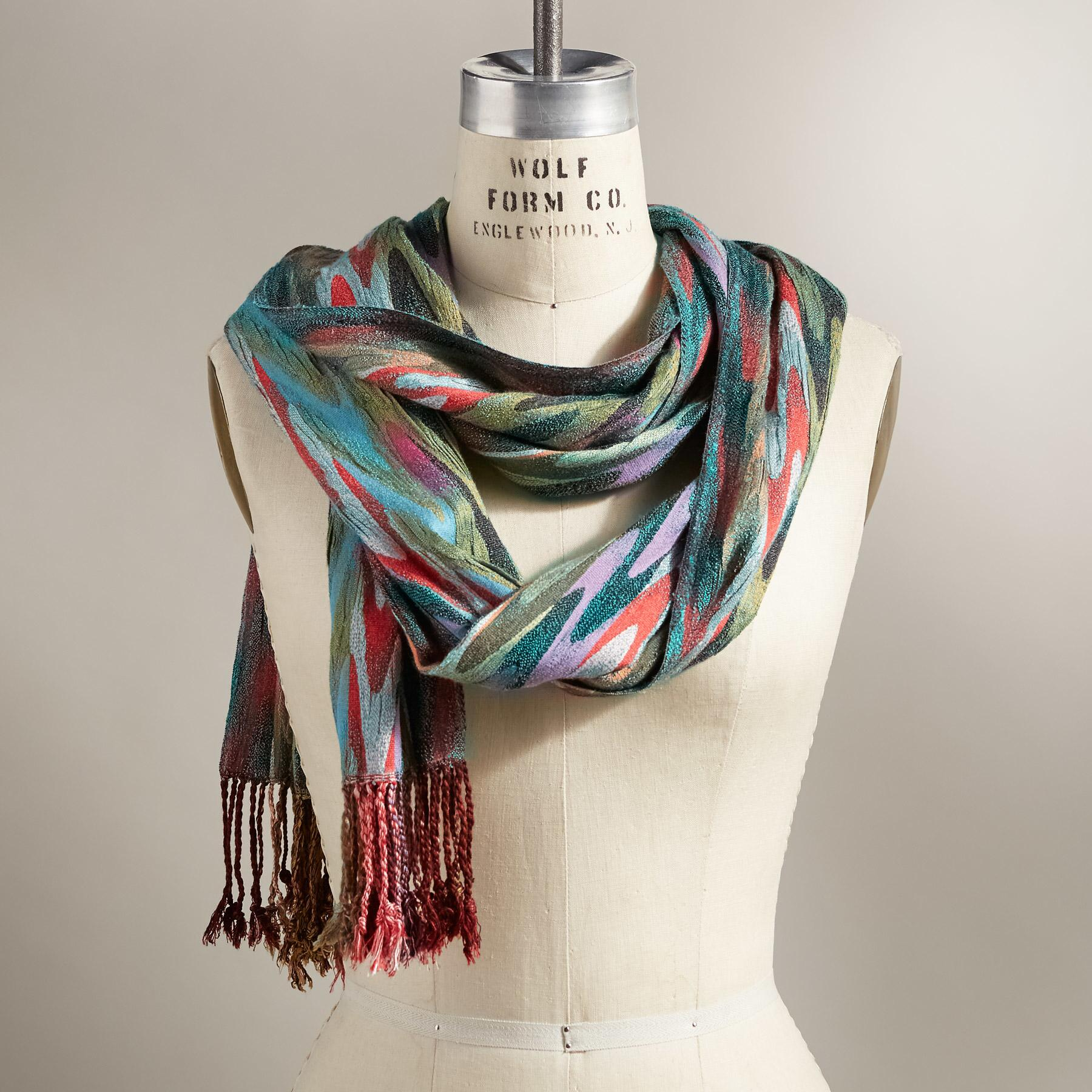 SIGNATURE STRIPES SCARF: View 1