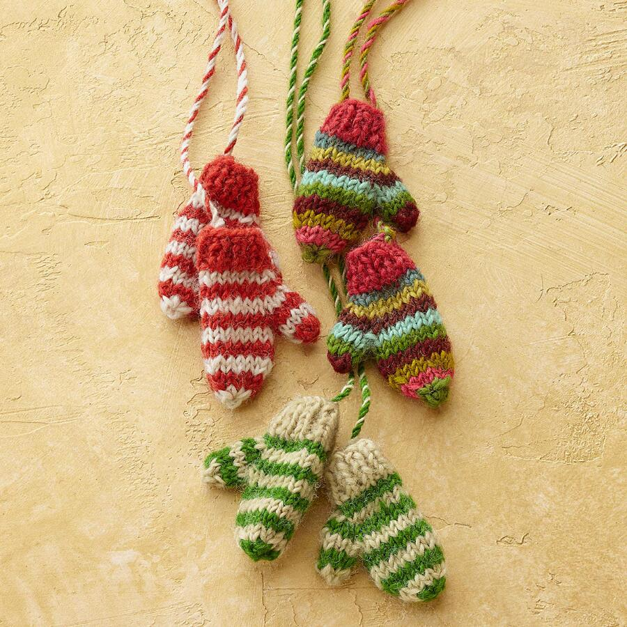 FROSTY MITTENS ON A STRING, SET OF 3