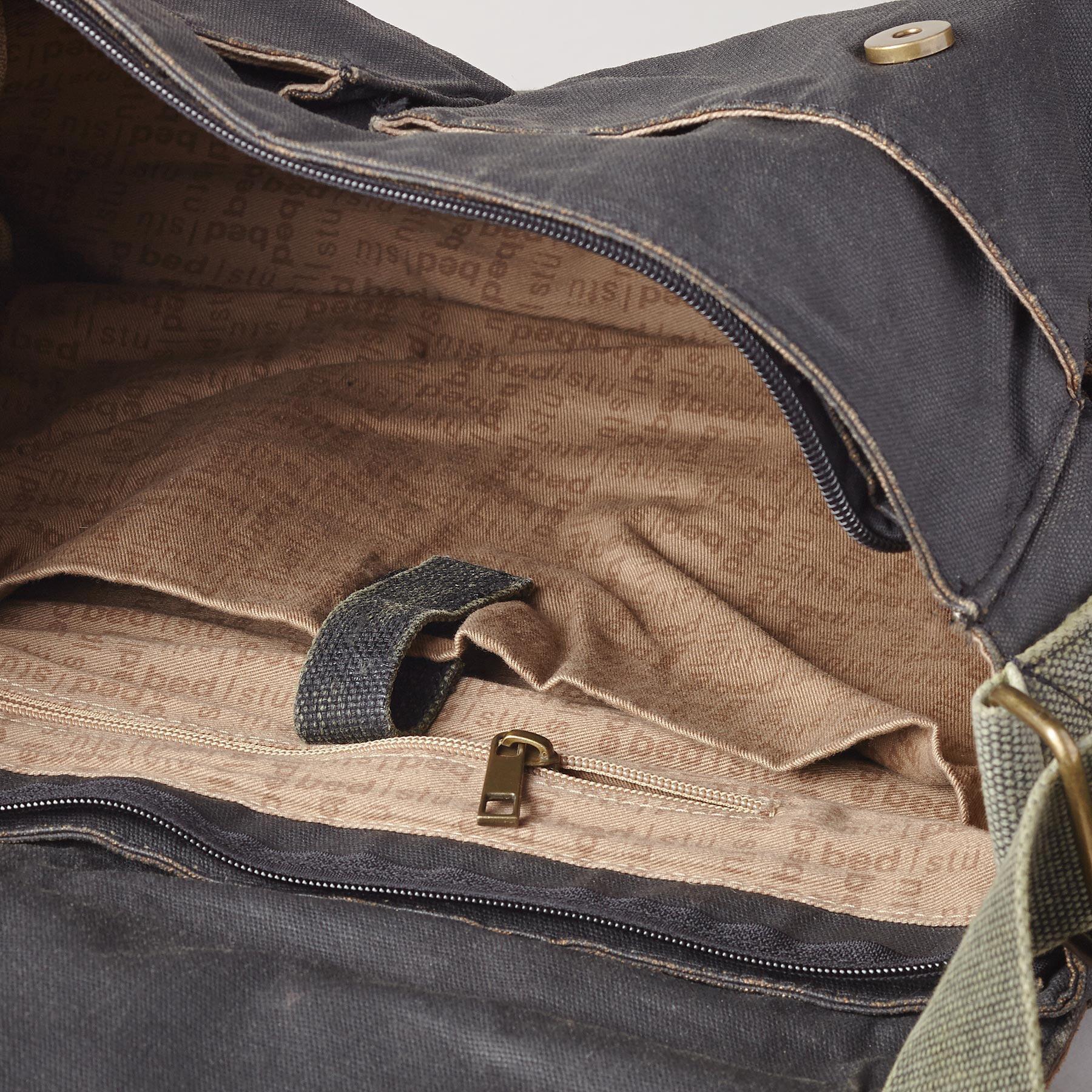 MARATHON MESSENGER BAG: View 3