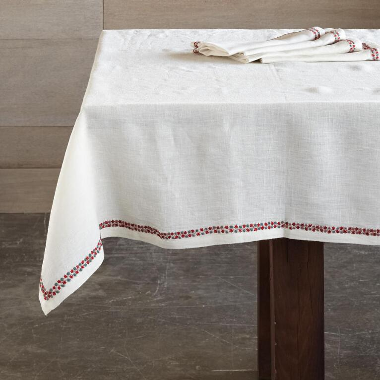 BALSAM FLOWERS TABLECLOTH