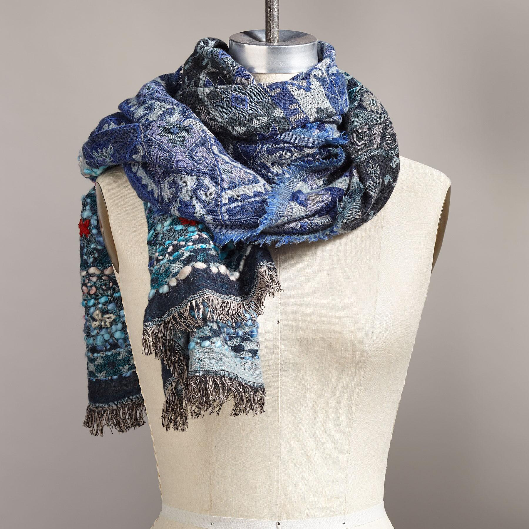 ICE PRINCESS SCARF: View 2