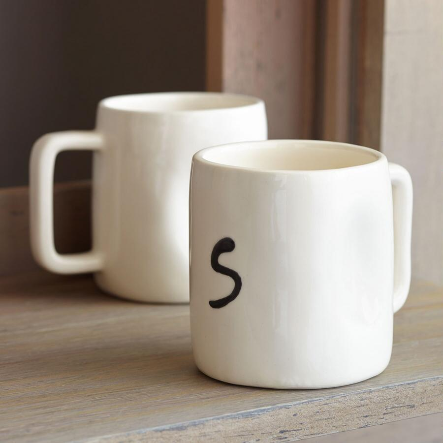 AM GLOSS WHITE MONOGRAM MUG