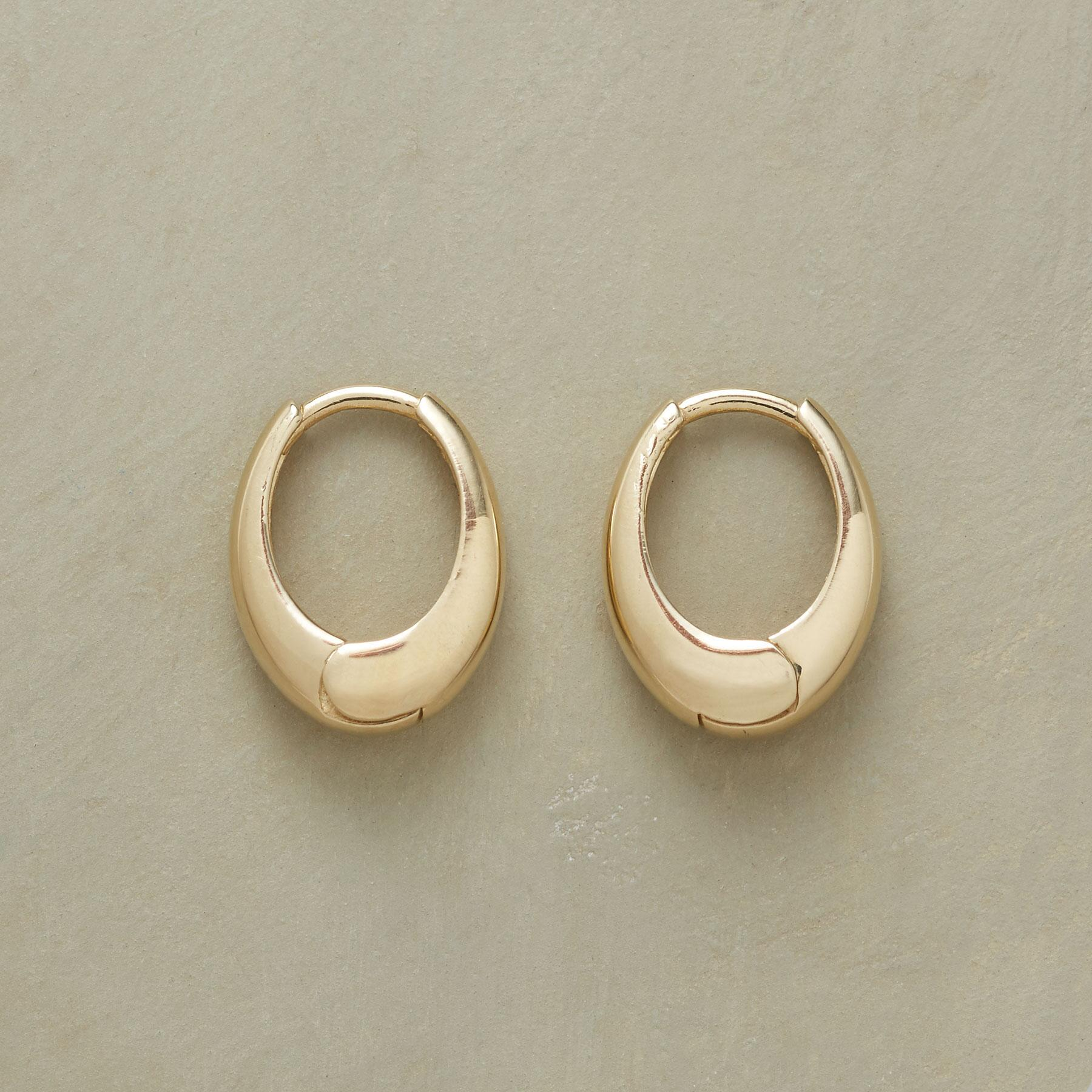 YELLOW GOLD OVAL HOOPS: View 1