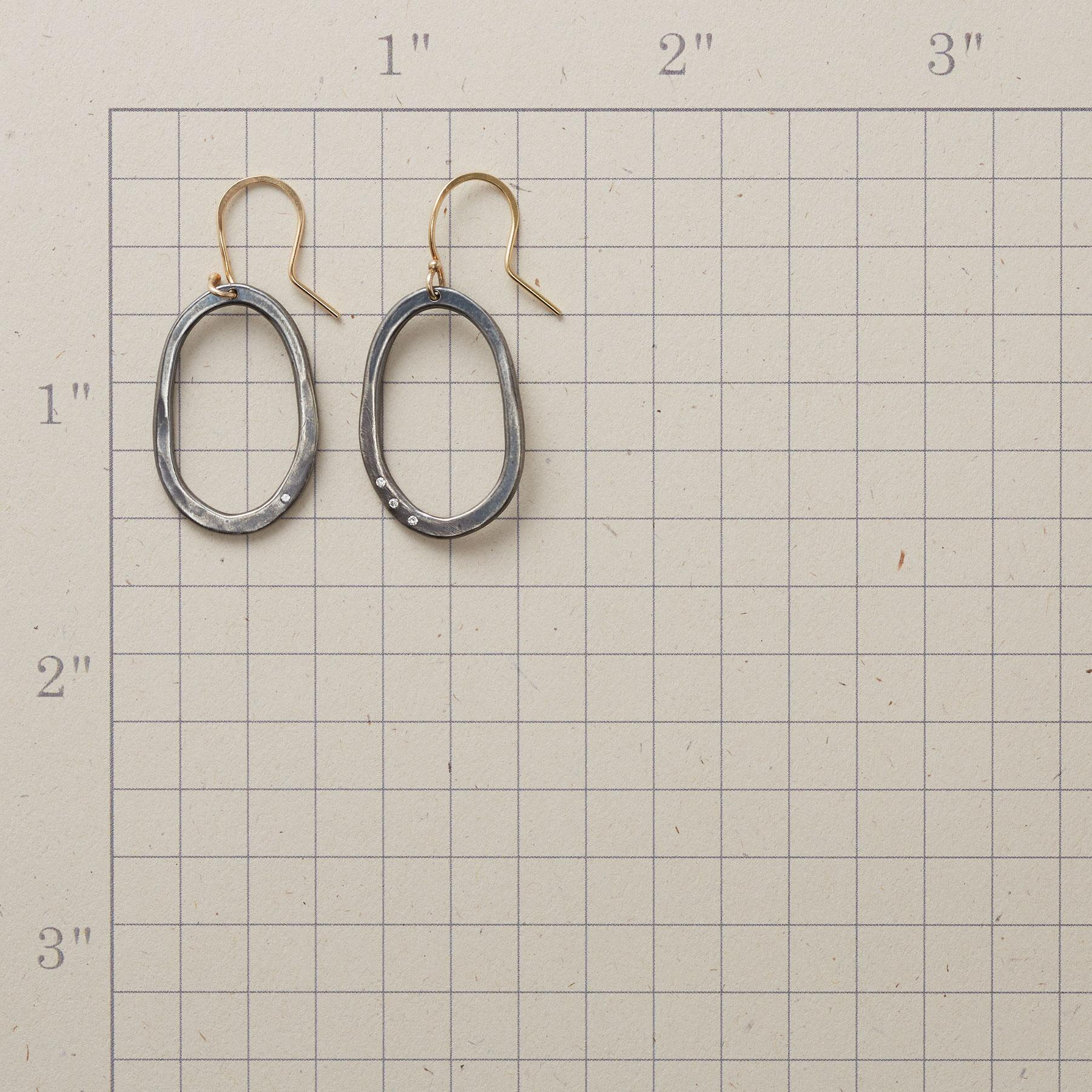 DIFFERENTIALS EARRINGS: View 2