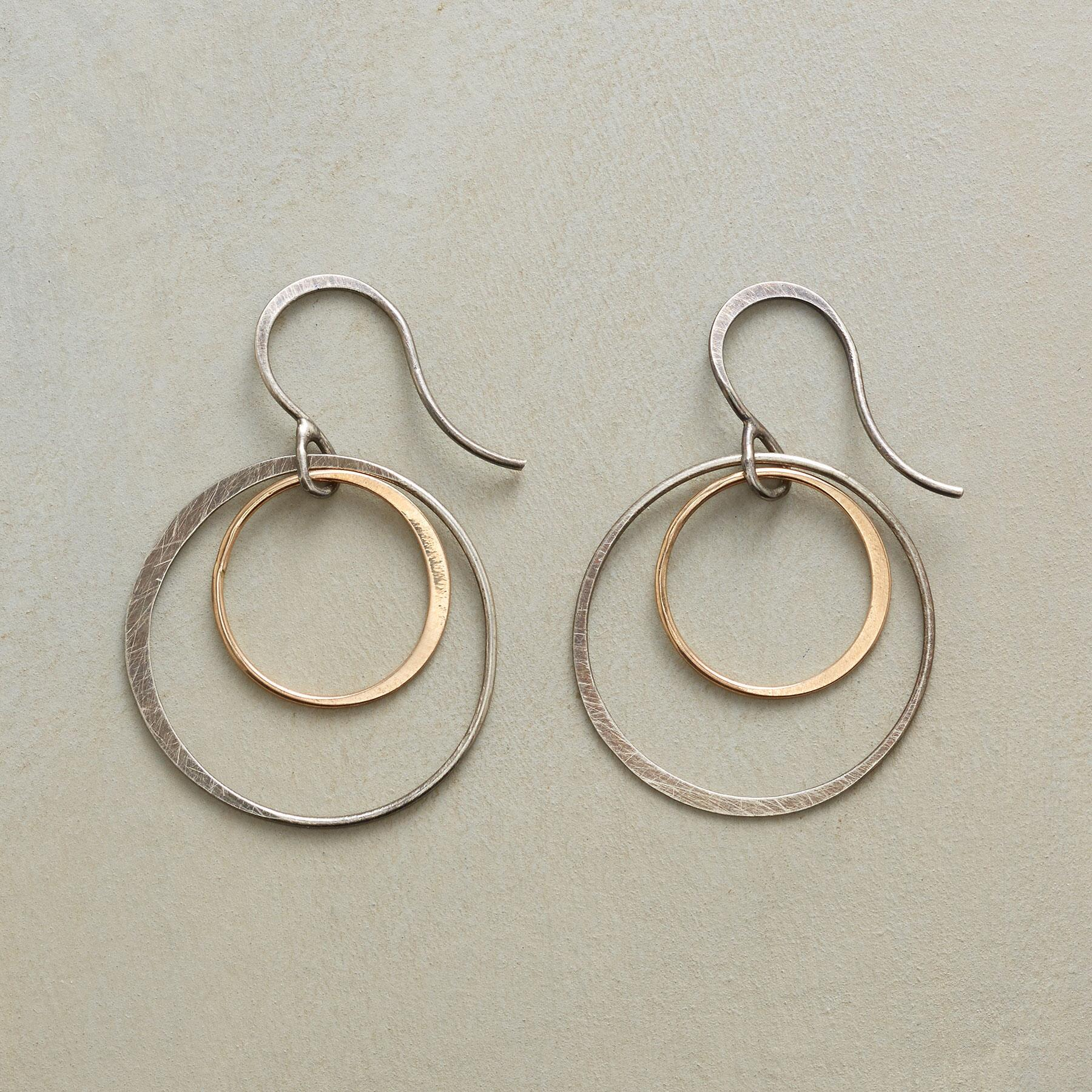 DOUBLE HOOPS: View 1