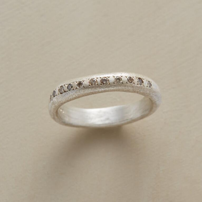 CHAMPAGNE DIAMONDS RING