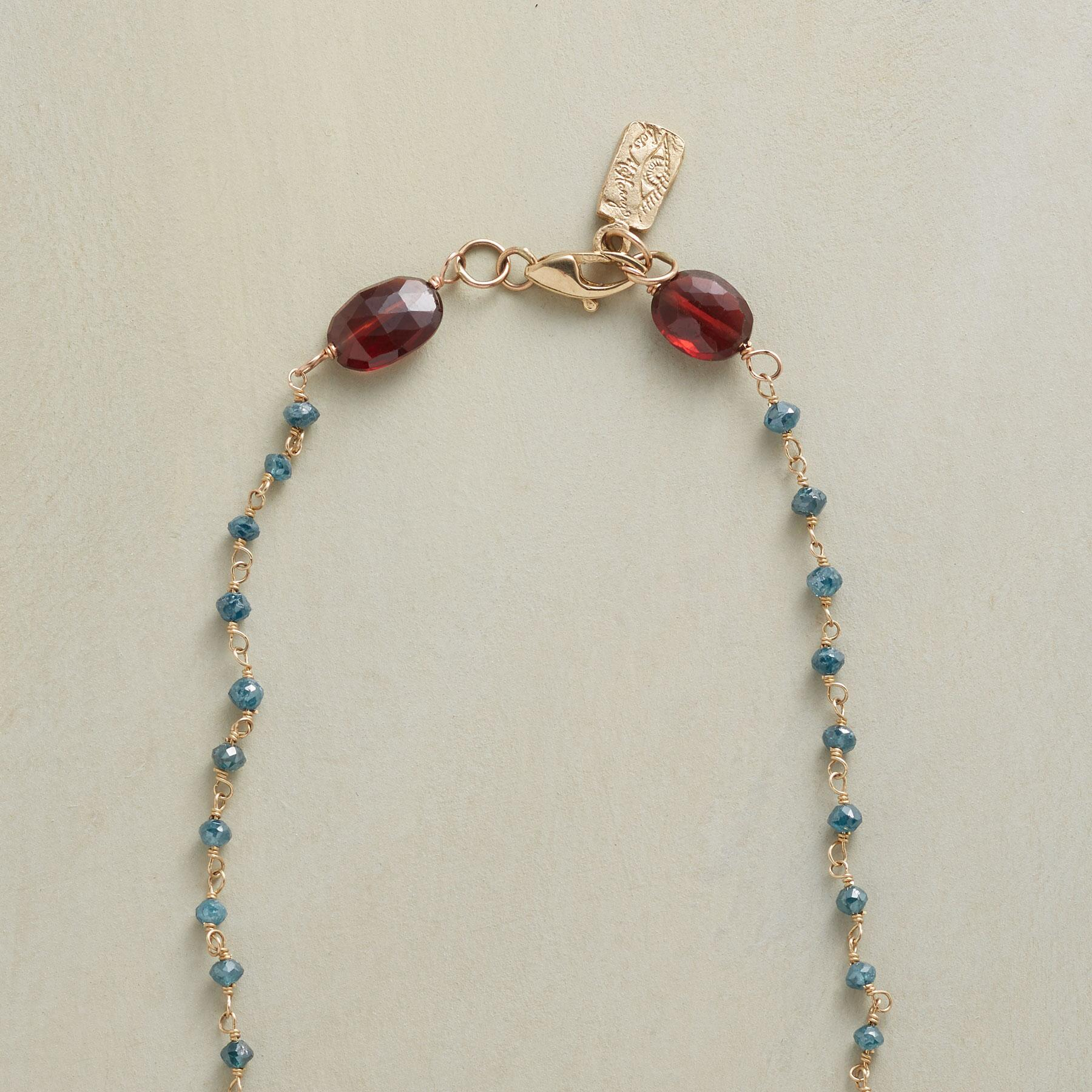 GRAND ELEGANCE NECKLACE: View 3