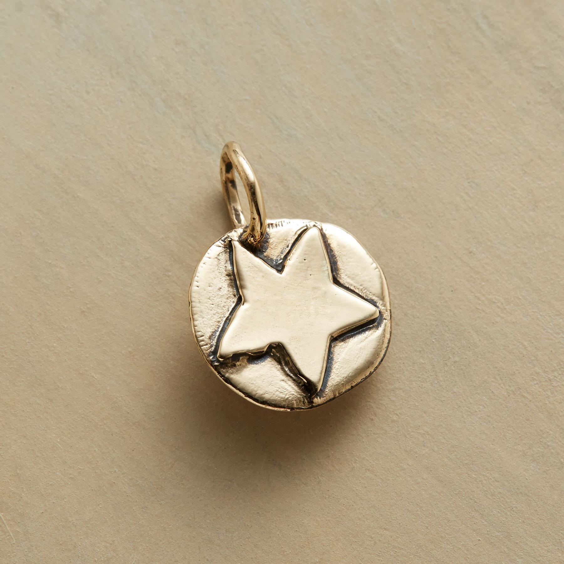 14KT GOLD STAR CHARM: View 1