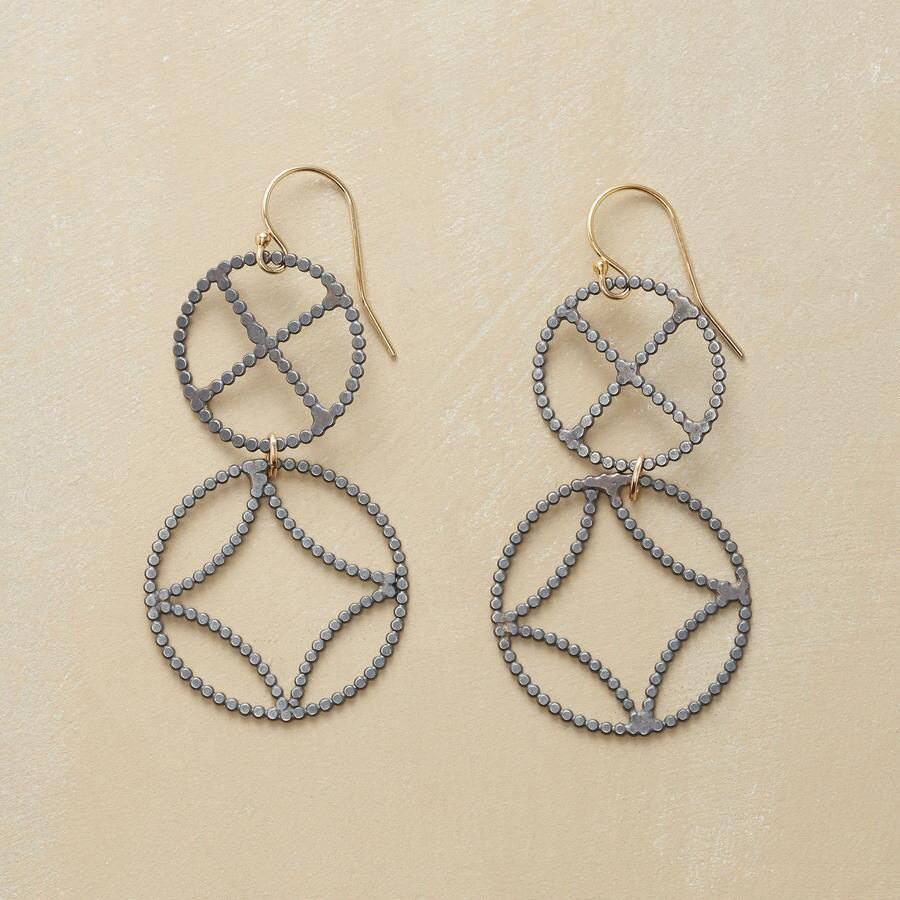 ELEMENTS EARRINGS