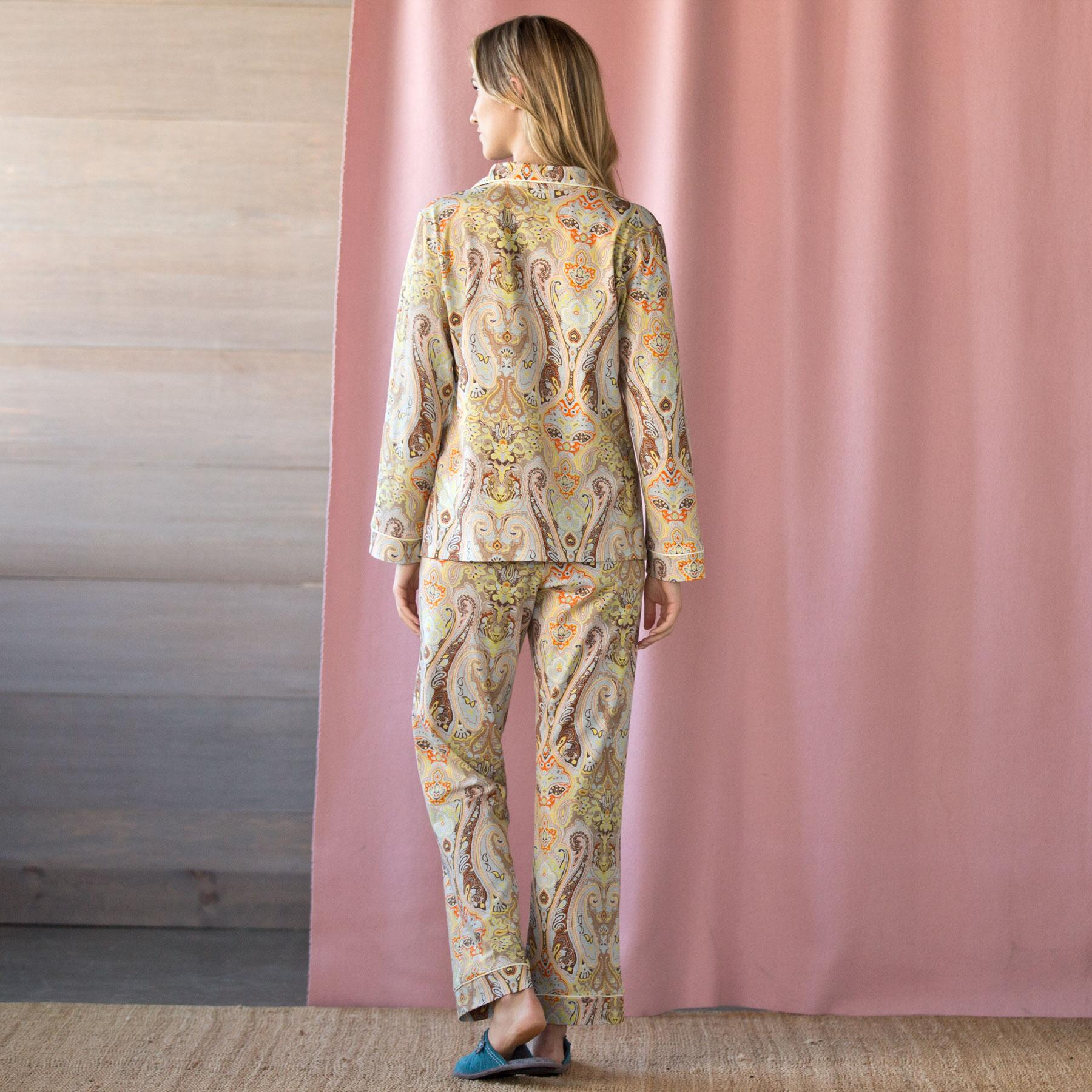 Arabian Nights Pajamas: View 2