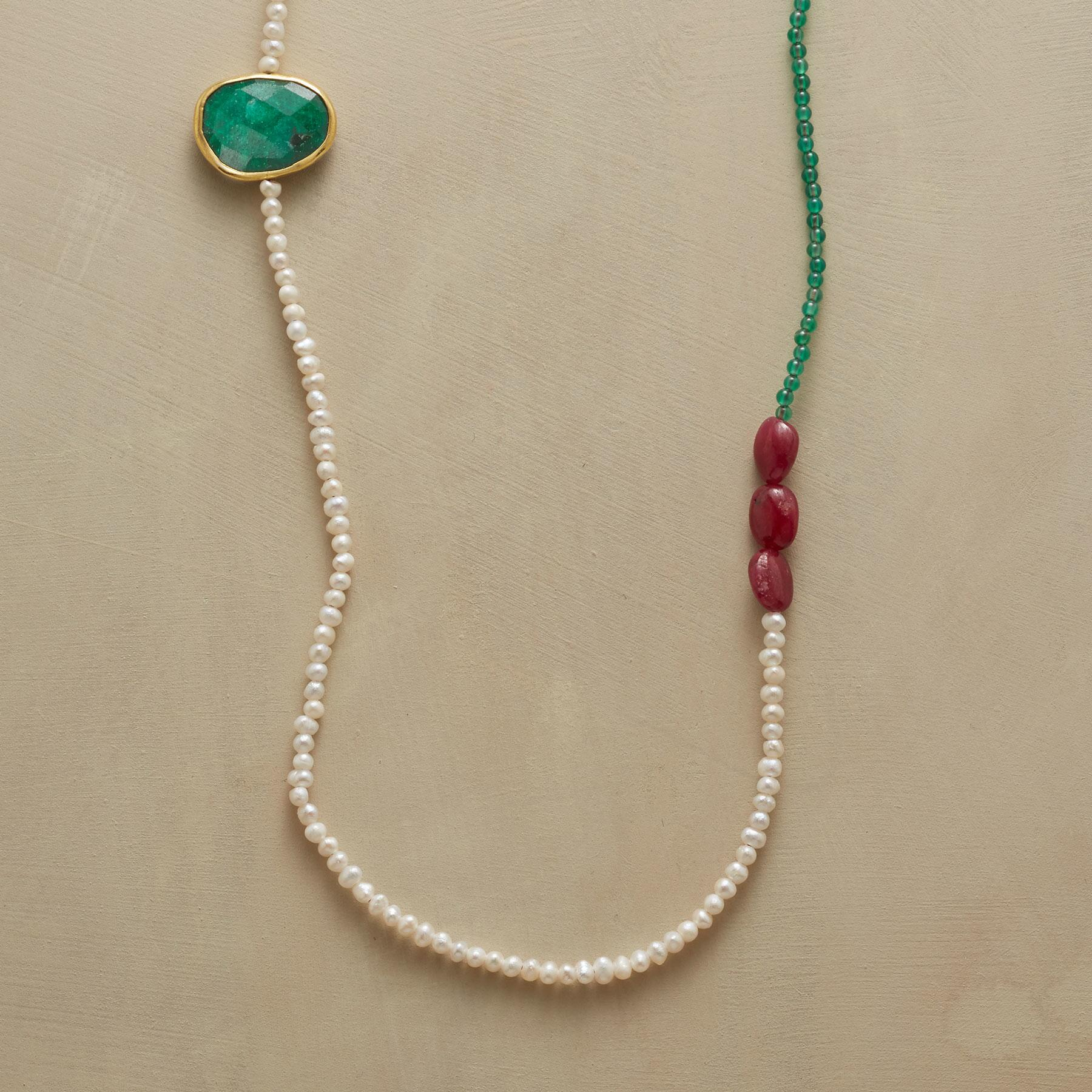 EVER SO LOVELY NECKLACE: View 1