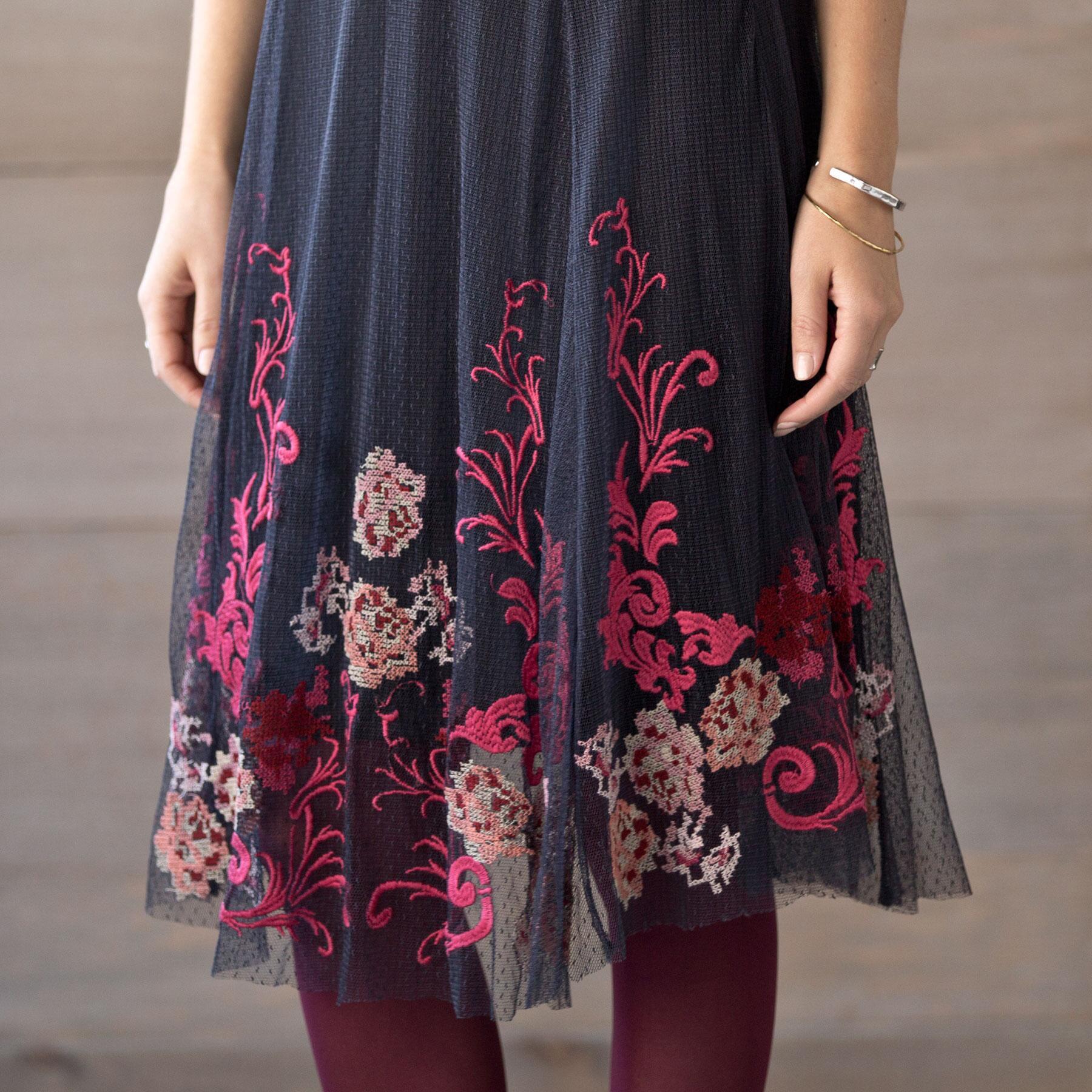 ROSE OF PERSIA DRESS: View 5