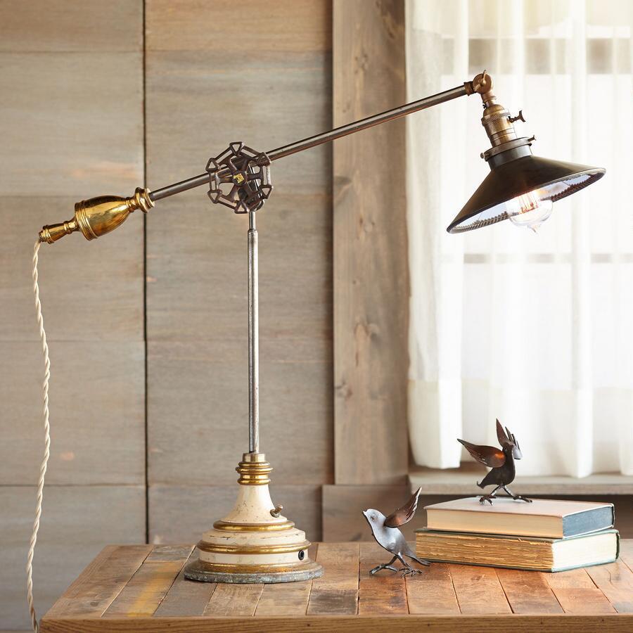 STEWART FALLS TABLE LAMP