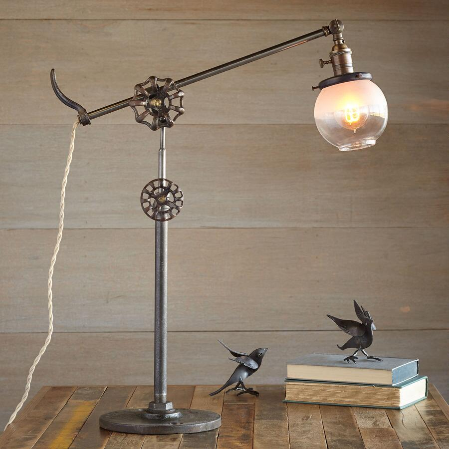 ALPINE LOOP TABLE LAMP